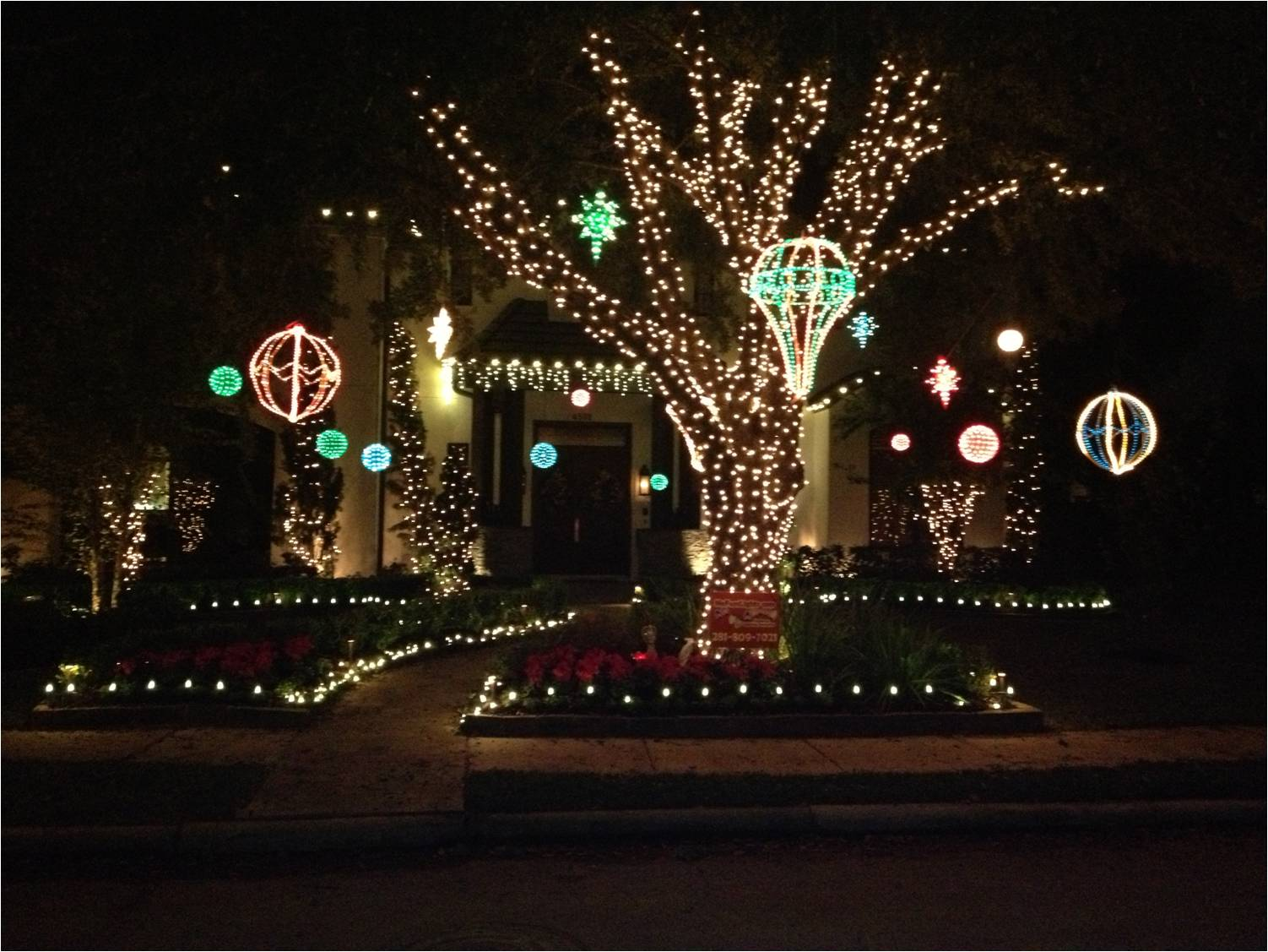 No Fuss Lights - Christmas Light Installation in Houston, Tx